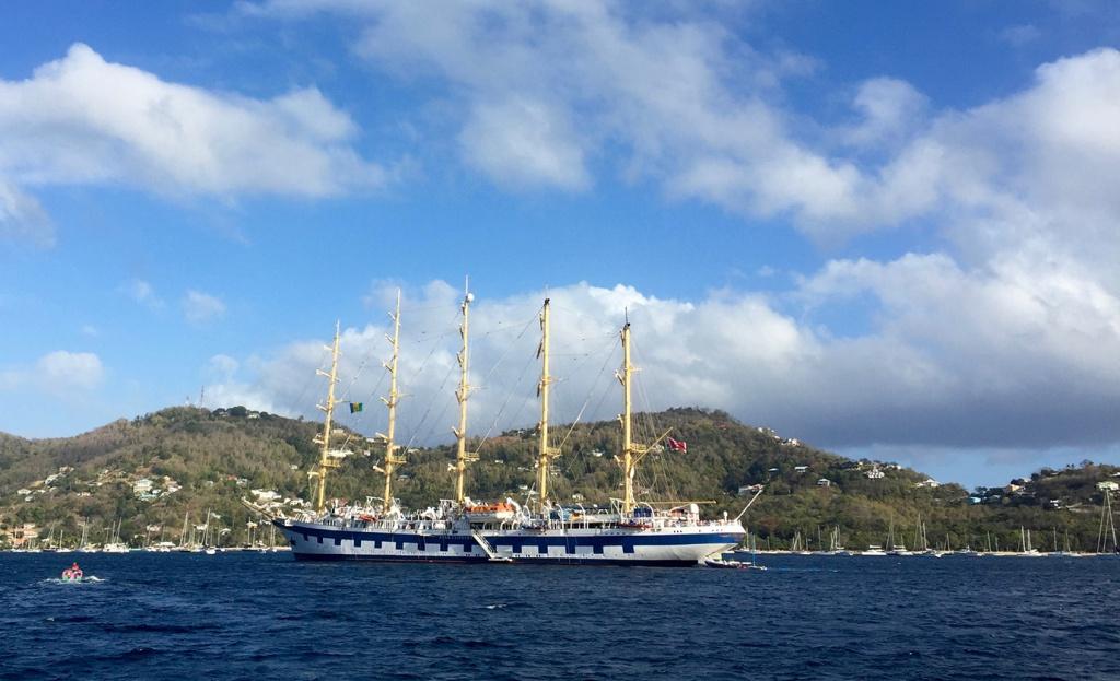 On croise de magnifiques unités dans les Antilles